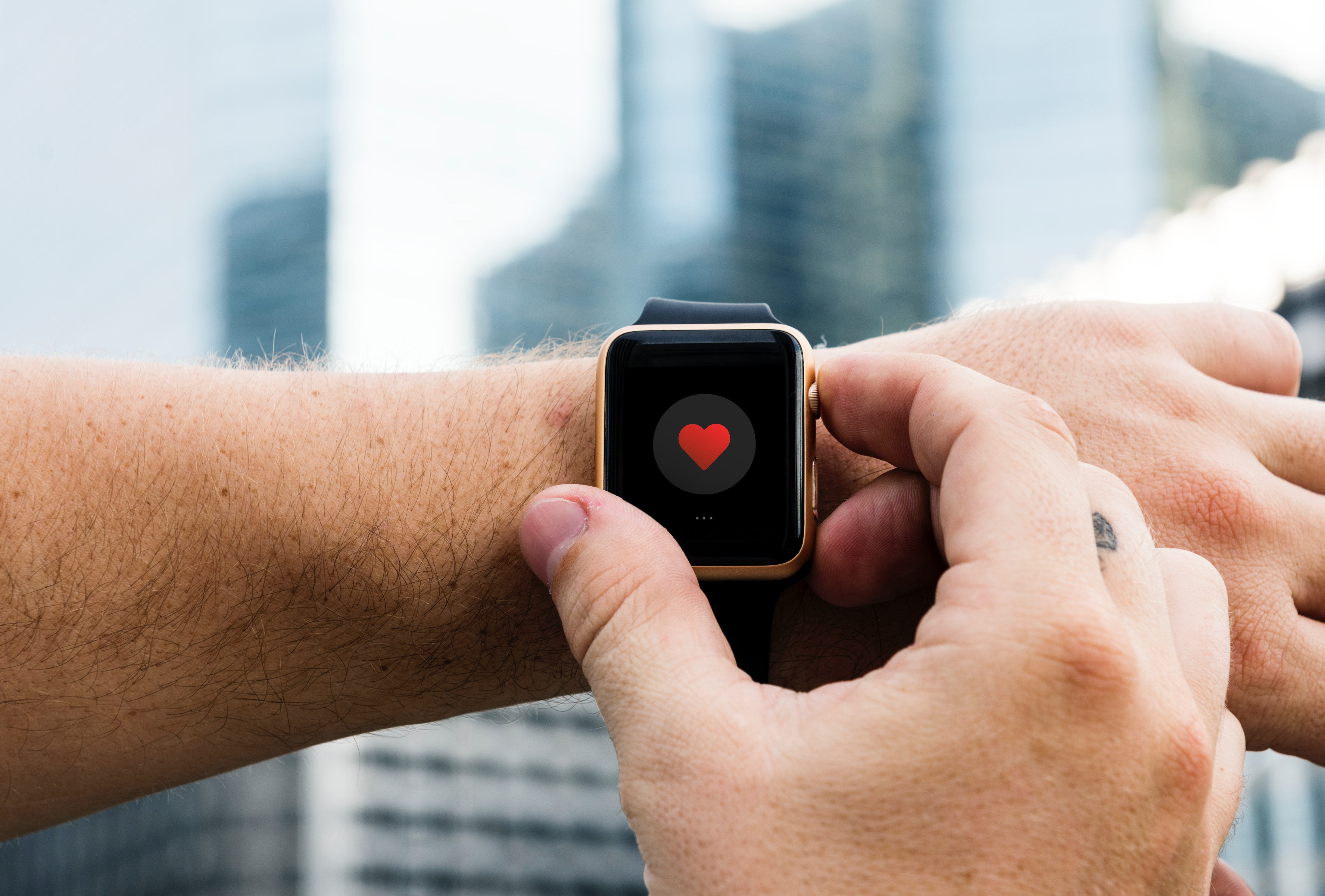 adult-apple-watch-arms-893891