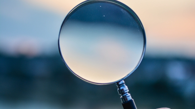 research magnifying glass